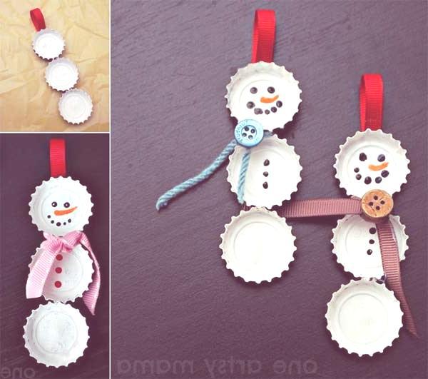 decoracion-navidena-con-materiales-reciclados-muñecos-de-nieve-con-chapas