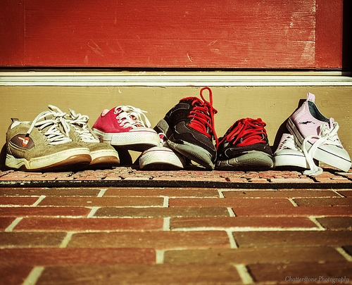 zapatos a la entrada