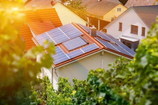 Como funciona la energia solar plantas ventajas