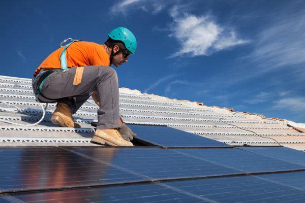 Como funcionan los paneles solares instalacion