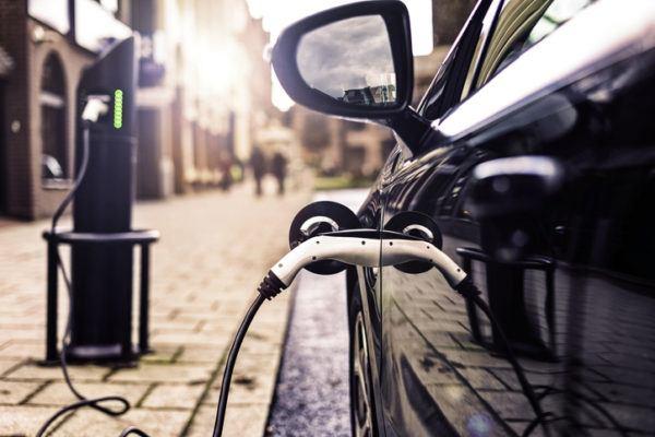 La nueva lesgilacion sobre las energias renovables hibridos
