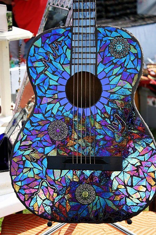 Mejores manualidades e ideas para reciclar CD guitarra