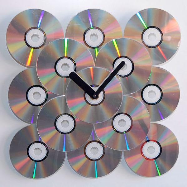 Mejores manualidades e ideas para reciclar CD reloj de pared