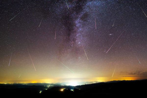 Liridas 2022 donde cuando observar la lluvia estrellas