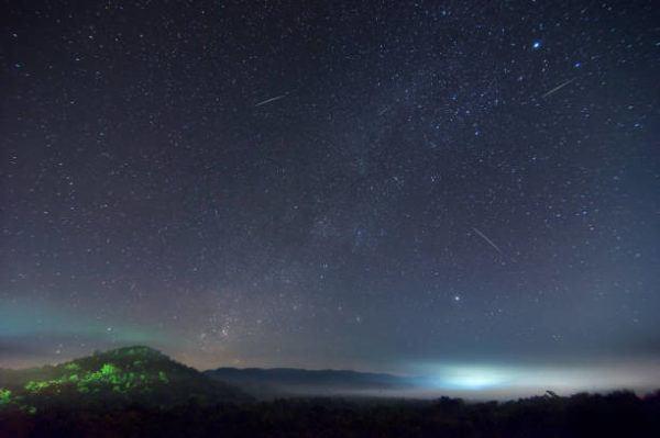 Lluvia estrellas leonidas 2022 cuando es cuando produce como ver donde ponerse
