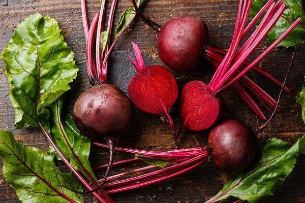 Que frutas y verduras comer en septiembre calendario de temporada remolacha