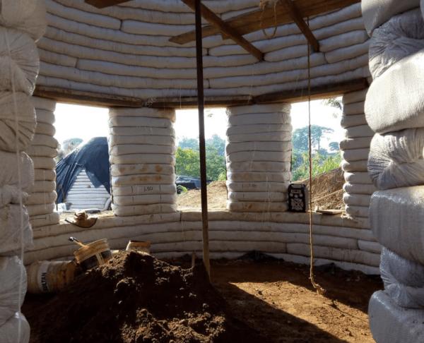 Cómo construir tu propia casa de adobe paso a paso estructura