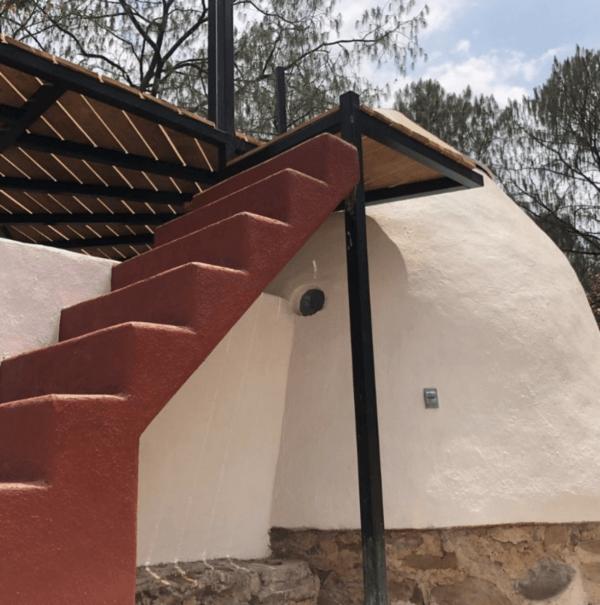 Cómo construir tu propia casa de adobe paso a paso escaleras