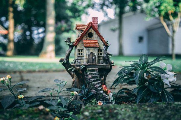 Los mejores consejos para desarrollar la resiliencia en nuestro jardín adornos