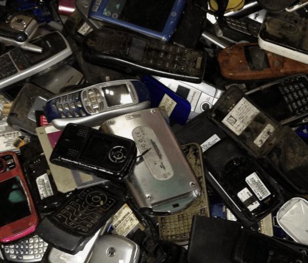 Reciclar nuestros móviles viejos: cómo hacerlo y cómo puedo reutilizarlo Nokia, Alcatel, Erikson y Samsung