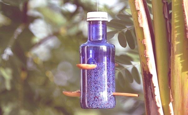 comedero botellas de plastico