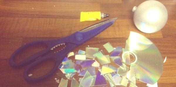 recortar CD para reciclar