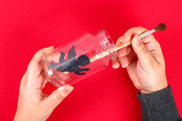 Regalos originales con materiales reciclados para san valentin farolillos paso 1