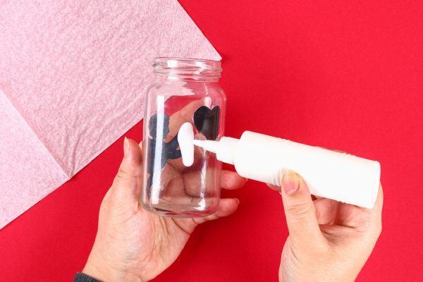 Regalos originales con materiales reciclados para san valentin farolillos paso 2