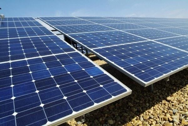 mantenimiento paneles solares