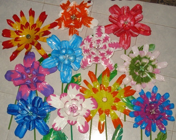 flores botellas plastico