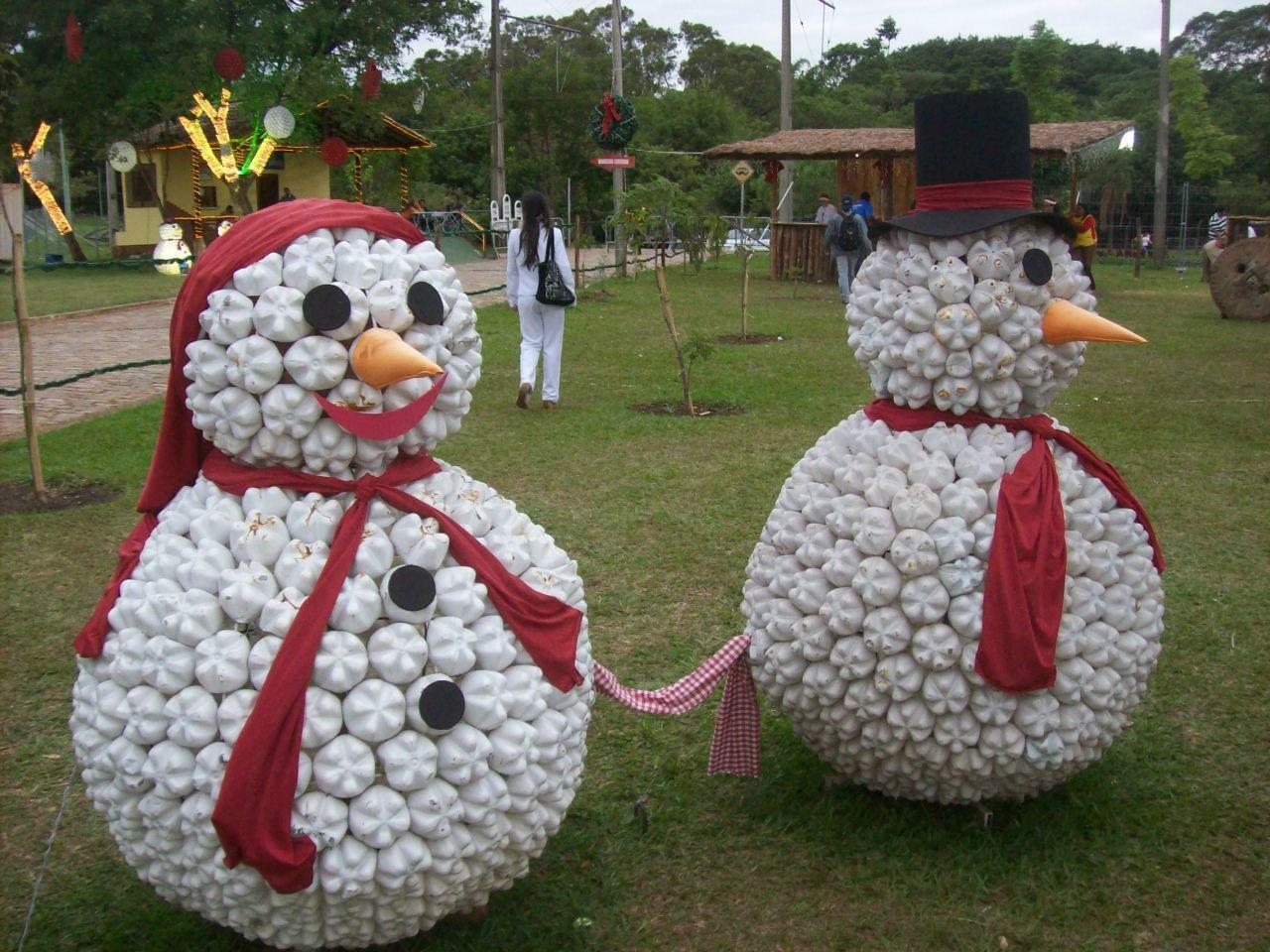 Decoraci n navide a con materiales reciclados for Ideas para hacer cosas de navidad