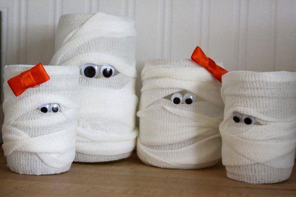 manualidades-halloween-para-ninos-de-4-anos-velas-momificadas-con-lazo
