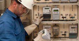 ¿Son peligrosos los contadores de luz inteligentes?