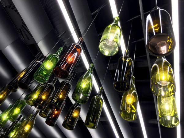 Reciclaje ideas para decorar botellas de for Ideas para decorar botellas