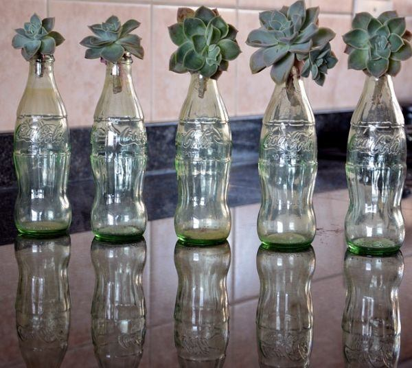 Reciclaje ideas para decorar tarros de cristal o botes de for Adornos con botellas para plantas