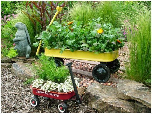 Reciclaje ideas para decorar tu casa con plantas carretilla