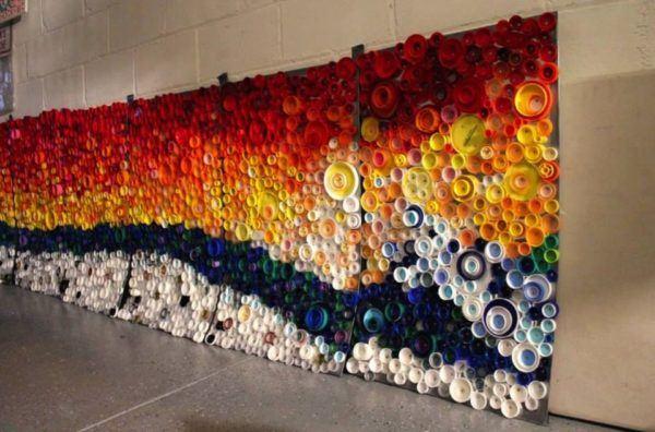 Mosaico con tapas de botella